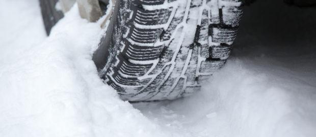 Miért fontos időben téli gumikra váltani?