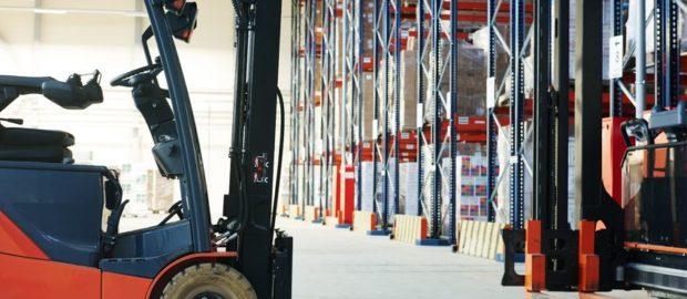 Anyagmozgatási feladatok vállalkozásában? – Béreljen targoncát!