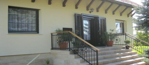 Nagyszerű áron igényelhet segítséget az épületsüllyedés megállításához.