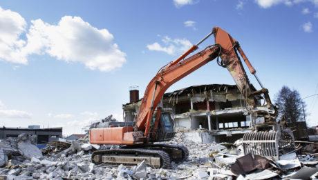 Elérhető áron igényelhet profi épületbontást.